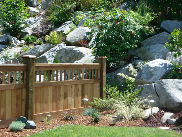 Cedar Fence with Lattice Installation